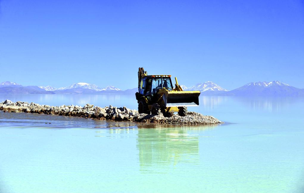 BOLIVIA-MINING-ECONOMY-TOURISM-SALT FLAT-LITHIUM-UYUNI