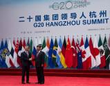 La Argentina, entre EE. UU. y China